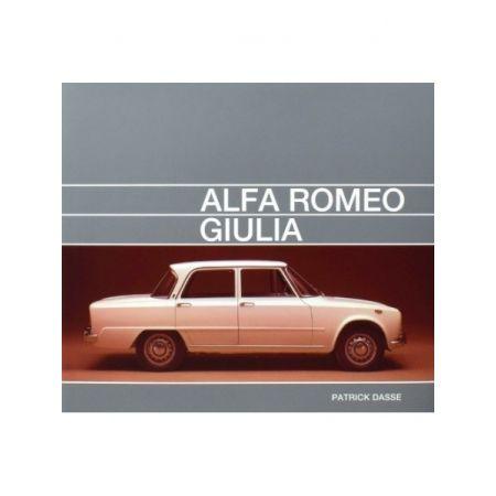 ALFA ROMEO GIULIA - Livre Anglais