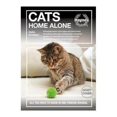 Cats Home Alone -   Livre anglais